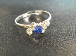 Ring blauwe steen/zilver  (per ring)